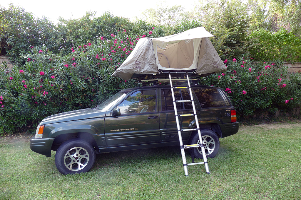 tente de toit tentes de toit trekking pour 4x4 voiture bivouac voyage. Black Bedroom Furniture Sets. Home Design Ideas